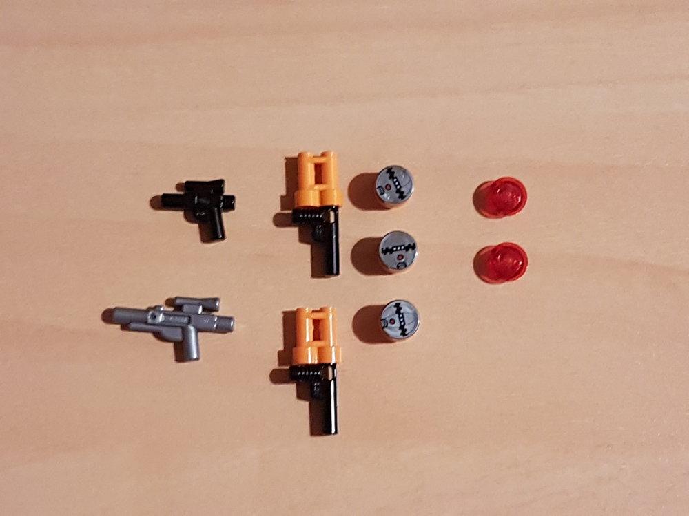 5a5f9d74b671f_Weaponsandaccessories.thumb.jpg.74716c6705e2aabebe2886b3f3127567.jpg
