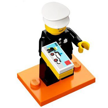LEGO-CMF-18-Classic-Police-Officer.jpg.b908f9dd35ee0c5aaf62dc7b9bcd80fd.jpg