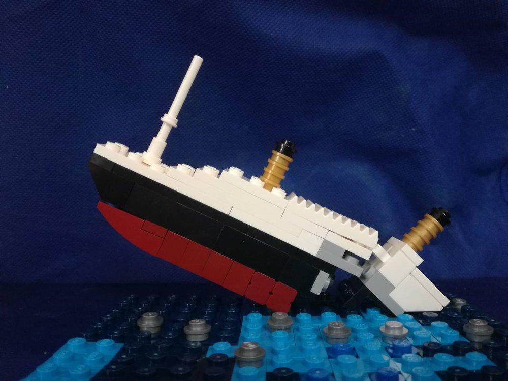 04.OneOfAll-titanic-lego-scene-lego.thumb.jpg.20c5e1c687dc2a47c58fff9b4bd2bb0d.jpg