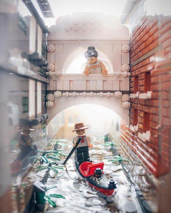Brickexplorer-Canals-of-Venice-.jpg