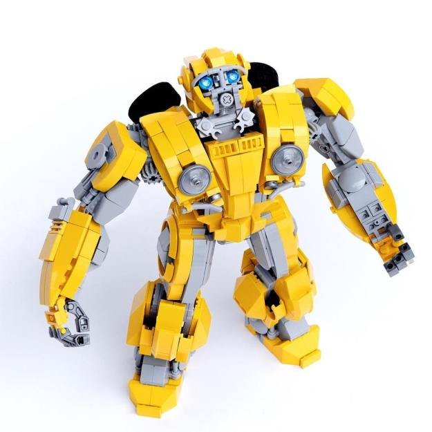 Bumblebee-by-ekownimako.jpg