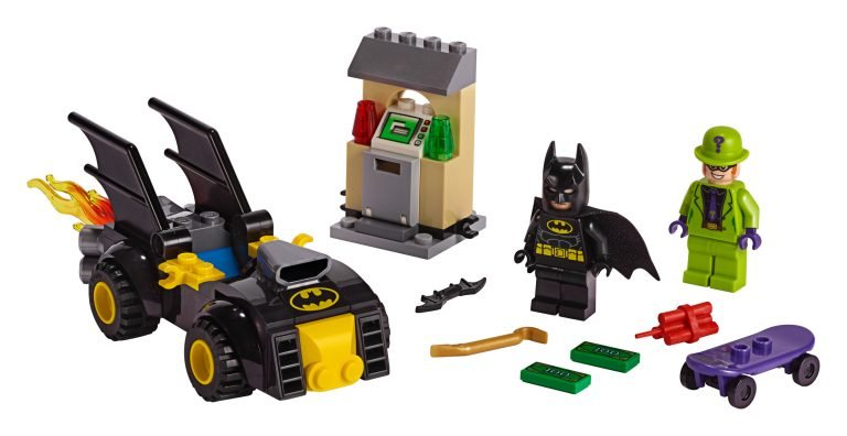 LEGO-Batman-80th-Anniversary-76137-Batman-vs.-The-Riddler-Robbery-768x396.jpg.c3bd58ee250f22c2d91ef10ac7b42b75.jpg