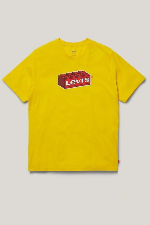 LEGO-x-LEVIS-Collaboration-Dots-Clothing-XCZVH-11-683x1024.jpg