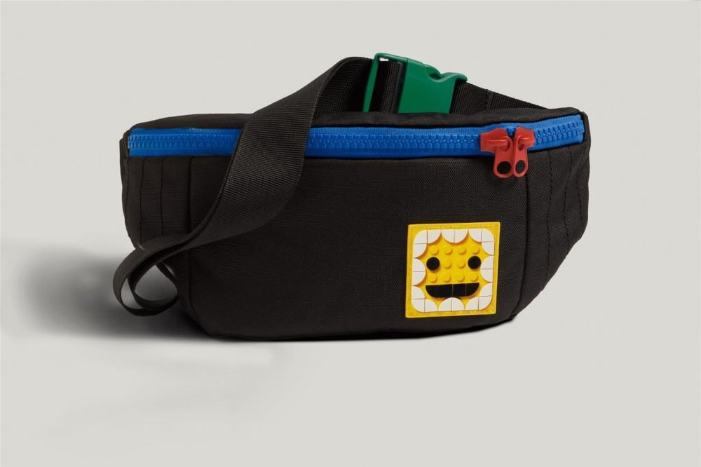 LEGO-x-LEVIS-Collaboration-Dots-Clothing-XCZVH-14-1024x683.jpg