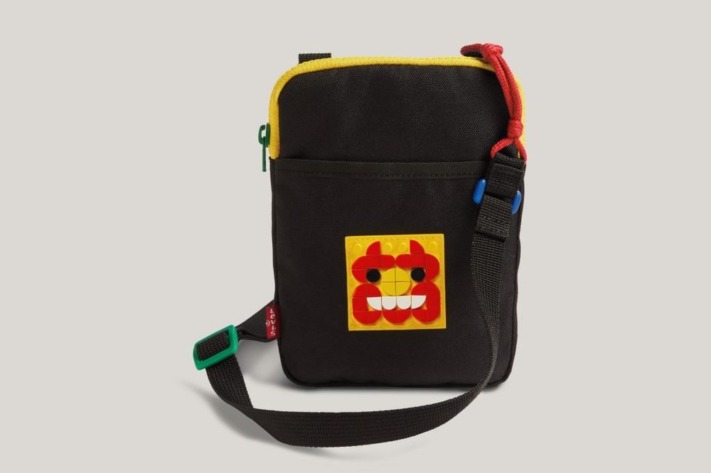 LEGO-x-LEVIS-Collaboration-Dots-Clothing-XCZVH-15-1024x683.jpg