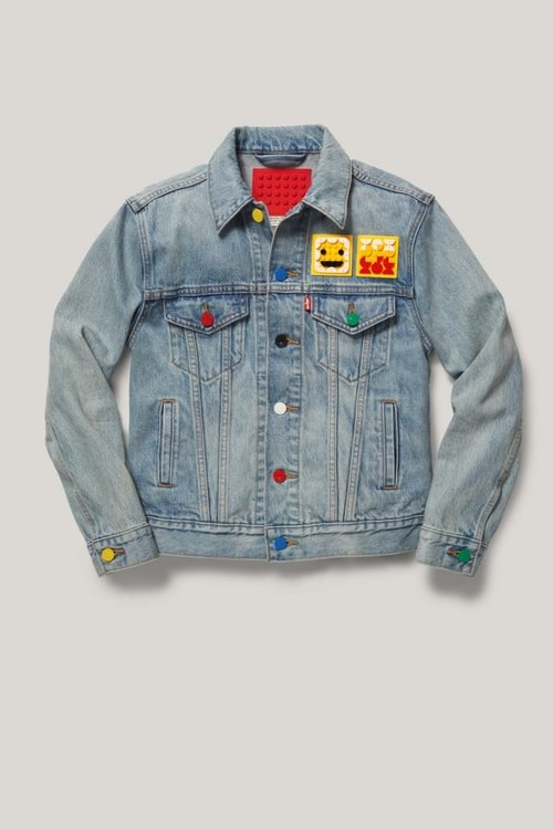 LEGO-x-LEVIS-Collaboration-Dots-Clothing-XCZVH-5-683x1024.jpg