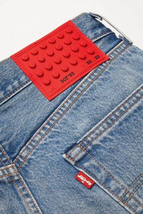LEGO-x-LEVIS-Collaboration-Dots-Clothing-XCZVH-9-683x1024.jpg